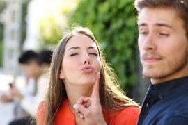 ağız kokusu nasıl giderilir neden olur