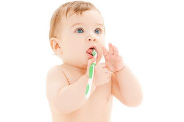 bebeklerde ağız kokusu neden olur