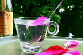gül suyu maskesi, faydaları