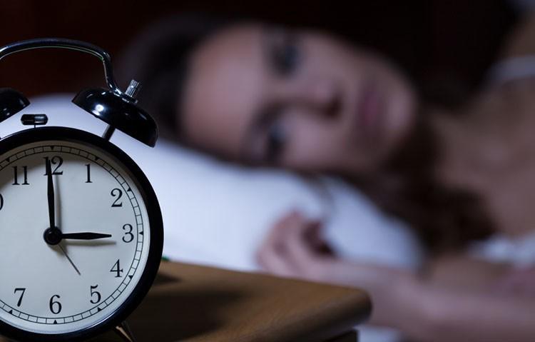 uyku problemi olanlar ne yapmalı, uykusuzluk nasıl çözülür