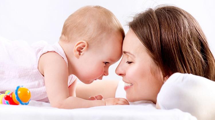 bebeklerde güvenli bağlanma nedir, önemi